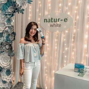 Congratulations @natur_e_indonesia for launching your new product 'Natur E White Series' ✨ Cant wait to try & review this product 🥰 Thank you jga buat @ngebenang yang udah ksi kesempatan buat qt utk ngedecor tote bag yg super cute 😍 And last but not least thanks to @clozetteid for having me 🙏🏻 see you on the next event 😊😊 #ShowyourTrubright #NaturEWhitexClozetteID #NaturEWhite #ngebenangbareng ..........#clozetteid #beauty #beautyevent #eventoftheday #natureindonesia #beautyproducts #beautysquad #beautyinfluencer #beautylover #skincarejunkie #indobeautysquad #clozettesquad #ootd #potd #beautyaddict #indobeautygram #beautytalkshow #workshop #decoration #instagood #likeforlikes