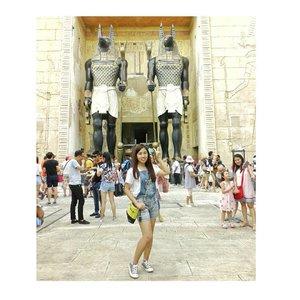 ~ 'Whatever you are , be a good one'. - Abraham Lincoln . . . . . . . . . . . #begood #beyourbest #beyourself #holidays #travelling #traveller #holidaymood #instatravel #explore #exploresingapore #visitsingapore #ootd #ootdindo #ootdmdo #kawanuaoutfit #ootdsg #lookbook #lookbooksg #potdindonesia #picoftheday  #uss #mummy #JCStravelling #ootdidku #clozetteid #happyweekend