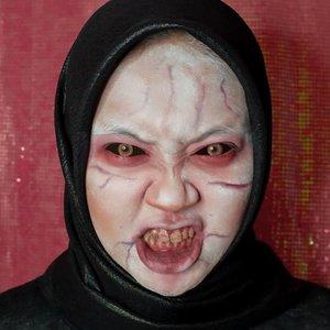 Masih bolehlah ya🤭.Inspired by @aryunatardis ❤️....#makeupbynfb @makeupbynfb #100daysofmakeup @100daysofmakeup #BeautyBloggerIndonesia @beautybloggerindonesia #indobeautysquad @indobeautysquad #indobeautygram @indobeautygram #clozetteid @clozetteid #makeupisart #art #painting #facepaint #artmakeup