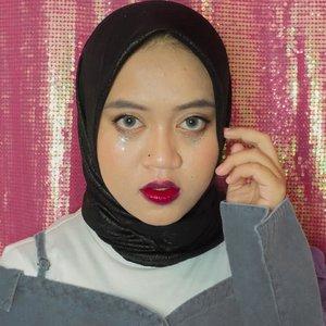 불어 후후 🌬️🔥@taeyeon_ss Spark MV - Makeup inspiration ❤️🔥...#makeupbynfb @makeupbynfb #100daysofmakeup @100daysofmakeup #BeautyBloggerIndonesia @beautybloggerindonesia #indobeautysquad @indobeautysquad #indobeautygram @indobeautygram #clozetteid @clozetteid #makeupisart #art #taeyeon #taeyeon_ss #spark #purpose #불티