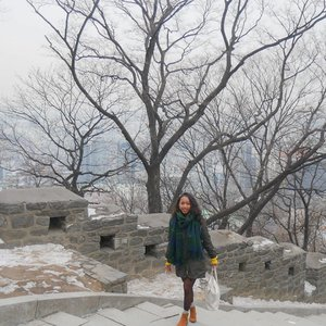 Anyeong haseyo. First time visiting Korea. �� 💕💕 .....#sakuralisha #independentwoman#indonesianbeautyblogger  #beautybloggers #travellife #travelblogger #travel #travelling #ootd #fashion  #outfit #fashions  #beautyblogger #outfits #korea #winter #fashionoftheday #outfitoftheday #clozetteid #traveller #instatravel #koreantrip