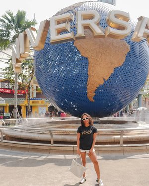 Universal Studio Singapore checked. 😋😋😋 Where's next ? 🙈🙈🙈 .....#sakuralisha #independentwoman#indonesianbeautyblogger  #beautybloggers #travellife #travelblogger #travel #travelling #ootd #fashion  #outfit #fashions  #outfits #singapore #sg #holiday #universalstudios #uss  #universalstudiosingapore #fashionoftheday #outfitoftheday #clozetteid #traveller #instatravel