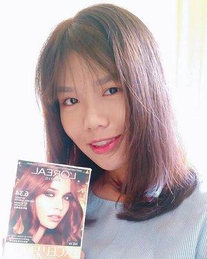 Mau cat rambut tapi males ke salon? Yuk mampir ke postingan terbaru aku! Yang pasti sih, rambut ga bakalan kering kaya pakai cat rambut merk sebelah hihi 😊 Linknya ada di bio yah 😘..http://www.carollinestory.com/2018/06/tutorial-cat-rambut-sendiri-di-rumah.html?m=1..#lorealexcellencefashion #lisalimblog #getthelookid #clozetteid #beautynesiamember  #sbnmember #beautygram #indobeautygram #beautiesquad #indobeautyblogger #charisceleb #charis_official #femalebloggerbanjarmasin