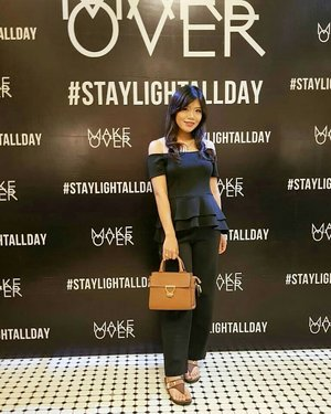 Yesterday's event with @makeoverid ❤ . Thankyou for invited me @liadya_  juga kakak yang lain, super seru & ga sabar coba rangkaian terbaru Powerstay #complexionmastery hehe😊 . #makeoverid #makeovermuagathering #makeovermuainfluencer #makeoverinfluencergathering #staylightallday #clozetteid