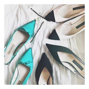 Can't afford Chanel and Dior but I'll settle for Zara 🙈👠 #PaidByAngpaosMoney . . #clozetteID #shoesoftheday #ZaraShoes #CrazyShoeLady