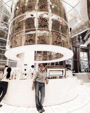 Waiting for my #spanishlatte      #ΔRΔBICΔ #arabicaindonesia #ootd #arabicacoffee #potd #casual #casualstyle #coffee #seetheworldthroughcoffee #JakartaWeAreHere #manualdirektori #clozetteid #jktbucketlist