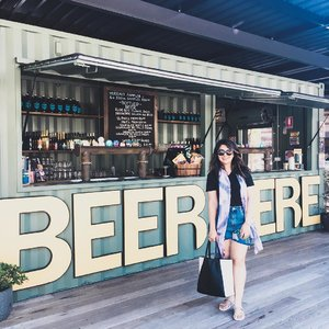 Happy Wednesday! Almost done with the week and can't wait for the weekend to start! #throwback to my trip to Port Stephen's last Saturday. We stopped for a short visit at a brewery🍻#inhertravelogues #newsouthwales #australia . . . . . . #ootd #photooftheday #fashionblogger #igers #instadaily #mumbai #indian #jakarta #love #blogger #clozetteid #instafashion #igfashion #fashiongram #whatiwore #streetstyleindia #stylecollective #travelblogger #travel #like4like