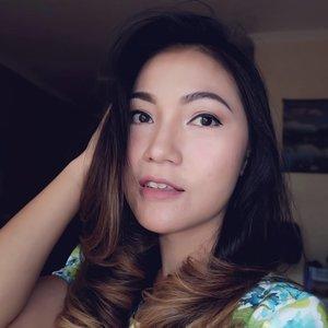 .Today, be the reason someone feels loved.. 😘Happy Sunday, God bless you!!.#sundaymorning #thanksGod #indobeautygram #tampilcantik #powerofmakeup #ragamkecantikan #bvloggerid #wakeupandmakeup #beautybloggerindonesia #jakartabeautyblogger #bloggermafia #bloggerslife #anitamayaadotcom #clozetteid