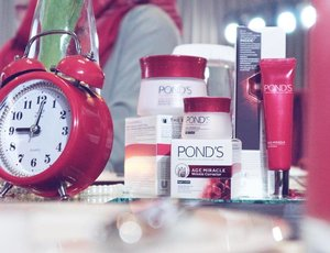 . Ini dia rangkaian new Pond's Age Miracle baru dengan kandungan Retinol-C Complex sebagai bahan aktif anti aging yg bekerja terus menerus selama 24 jam untuk #KekuatanNonStop . #NonstopBeauty #IamNonStop #Ponds #PondsAgeMiracle #PondsIndonesia #bblogger #bloggerslife #bloggergathering #clozetteid