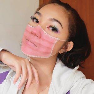 ARE YOU READY FOR #NEWNORMAL? 🔥 . Kondisi yg memang ga bisa kita hindari daripada trs terpuruk krn keadaan yg ga juga membaik.. Tingkatkan imunitas tubuh, persiapkan protokol kesehatan dan selalu bawa hand sanitizer, tissue basah, dan stock masker kalau bepergian.. Stay safe, everyone! 💕 . Inspired by @jazsminramirez_ #makeup #maskmakeup #makeupaddict #beauty #bloggerslife #anitamayaadotcom #bunnyneedsmakeup #indobeautysquad #JakartaBeautyBlogger #bloggerperempuan #sociollabloggernetwork #ClozetteID #FDBeauty