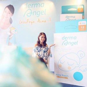 . Attending the Launching of Derma Angel Acne Patch today! Kalau kalian udah lama follow IG ku, di awal tahun ini aku pernah coba Derma Angel di instastory aku. Aku suka banget Derma Angel dibanding bbrp merek acne patch yg sebelumnya pernah aku coba. Cerita lengkapnya nanti aku bahas di blog aja yaa.. Thank you @dermaangel_id dan @bloggerperempuan for having me 😘 . #DermaAngelID #GoodByeAcneID #DermaAngelIndonesia #AcnePatch #LaunchingEvent #Beauty #Skincare #Acnecare #bblogger #bloggerslife #bloggerperempuan #clozetteid #potd #bestoftheday