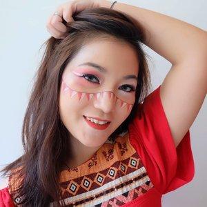 Dirgahayu Rupublik Indonesia ku yg ke-75 🇮🇩 . Btw, nanti mau ikutan lomba apa di acara 17an? Walaupun mungkin ga semeriah tahun2 kemarin tapi kita bs sama2 berdoa supaya Indonesia lekas pulih dari pandemi ini yaa.. MERDEKA 💪 . #IndonesiaMaju #DirgahayuIndonesia75 #MerahPutih #Indonesia #anitamayaadotcom #bloggerslife #makeup #beauty #ClozetteID