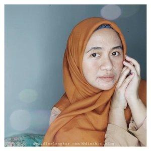 kalau sehari-hari nya malas pakai eyebrow & bedak? ada yg sama ? 🤔🙈  . habis foto2 untuk keperluan blog, sayang sekali kalau gak sekalian narsis untuk di upload ke instagram. mumpung lg di depan dikamera 😅😂 . #ClozetteID #hijaber #hijabers #hijaberstyle #hijaber_indo #hijabers_indonesia #hijaber #hijabers #hijaberstyle #hijaber_indo #hijabers_indonesia #emakemakjamannow #emakemak #emakemakmilitan #emakemakkece #emakemaklyfe #emakemakberdaster