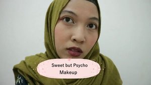 "Mau coba makeup yang beda dari biasanya terutama warna bibir. Pas lagi cari lagu dapet yg pas jadilah ""Sweet but Psycho Makeup"" 😘#makeupideas #makeuplooks #clozetteid #clozettebeauty"