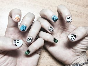 H A L L O W E E N 👻 But in cute style 😂 Thank you @nailstore_byme for making these cute nails art . . . #ladies_journal #clozette #clozetteid #halloweennailsart #halloween #nailsart #nails #nailstagram #nailsofinstagram #nailswag #palembang #cute #instacute #instagood