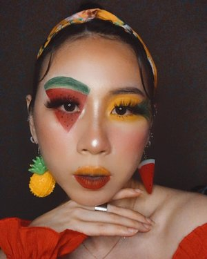 Choose your fruit 🍍 or 🍉?  Key Products: 🍍 @mehronmakeup Water Base Face Paint 🍉 @jeffreestarcosmetics Jawbreaker Palette  🍍 @benefitcosmetics Hoola Bronzer 🍉 @milanicosmetics Coral Beams Blush Palette; Moon Glow Strobelight Instant Glow Powder 🍍 @kvdbeauty Everlasting Lipliner in Swanly; Liquid Lipstick in Outlaw  #ladies_journal #makeup #facepaint #summer #clozetteid #clozette