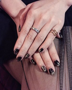 Getting my nails done as per what I requested. I blink my black for sure 💅🏻✨ Thank you @nailstore_byme 😘❣.#ladies_journal #clozetteid #clozette #clozetteambassador #nails #nailswag #nailstagram #black #fashionstyle #style #notd