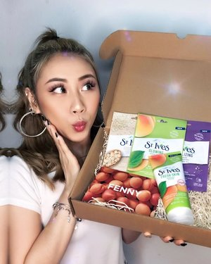 Wohooo now @stivesskin comes with Sheet Mask. Times to #TURNUPTHEGLOW again ✨  3 different sheet mask: ✨ Glowing Sheet Mask - Apricot ✨ Soothing Sheet Mask - Oatmeal ✨ Revitalizing Sheet Mask - Acai, Blueberry & Chia Seed Oil  Now you can have it at @guardiansg 😍  #ladies_journal #skincare #beauty #facemask #clozetteid #clozette