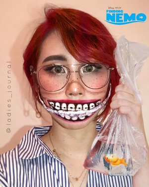 When I turned myself to Darla from Pixar. Thank you @windassintya for your inspiration 🤓🐠 I just can't be normal guys 🤷‍♀️ #ladies_journal #findingnemo #darlamakeup #sfxmakeup #sfx #sfxmakeupartist #makeupartist #mua #indobeautygram #indobeautyvlogger #makeuptransformation #facepainting #beauty #clozette #clozetteid #halloween #halloweenmakeup