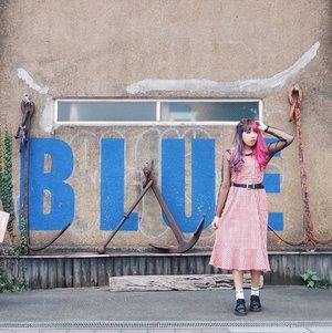 Blue? No i'm wearing red 😜 . . . 📷 @hisafu . . . #PixyAsianBeautyTrip2017 #PixyAsianBautyTrip #Yokohama #Japantrip #LotusBaguette #Wheninjapan #YunitaInJapan #YunitaJapanTrip #clozetteID #ggrep #ggrepstyle #medanbeautygram #cgstreetstyle