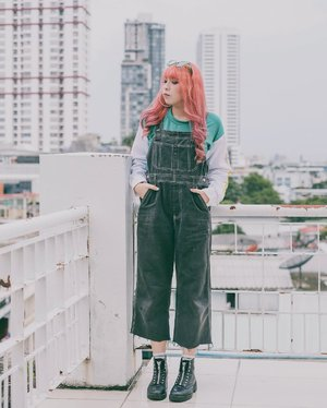 Rooftop chillin. . . . . 📷 @yumiiikoo . . . . #clozette #clozetteid #outfit #ootd #lookbook #cidstreetstyle #looksootd #ggrep #ggrepstyle #ggreptrend #fashionblogger