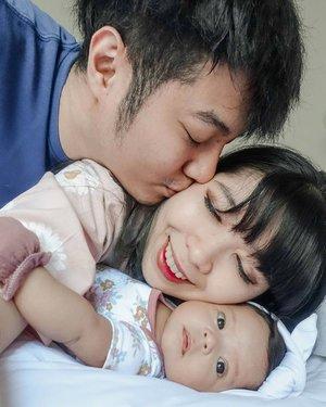 My little family 🥰🥰....#clozette #clozetteid #familyportrait #portrait #selfie #familyphoto #GaladrielHedoDjahamata