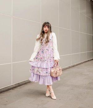 Feeling girly 💜🌸 . . . 📷 @ileevan . . . . . #clozette #clozetteid #ootd #outfitoftheday #looksootd #lookbook #fashion #lifestyle #look