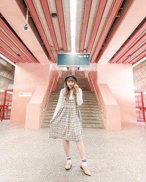 Cutest station ever! 💖.📷 @williamiskandar ......#VisitSingapore #redhillstationsingapore #redhillstation #singapore #travel #passionmadepossible #clozette #clozetteid #singaporeguidebook
