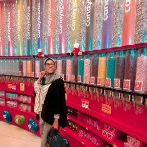 Semoga malam minggu kali ini lebih berwarna 🌈 🤗....#clozetteid #DiannoStyle #style #Lifestyle #hijabtraveller #lifestyleblogger