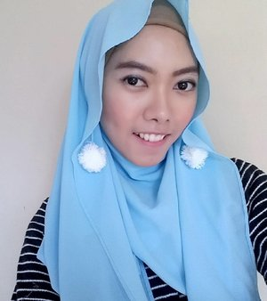 My daily hijab, as my signature It's a very simple to style in, and a good news is the tutorial will be uploaded next 😄..#ClozetteID #COTW #RamadhanFreshFace #hijab #hijaboftheday #dailyhijab #clozetter #clozettedaily