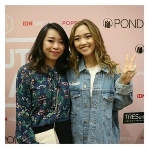 She is the reason why I started my youtube channel. Thank you so much @imjennim for always giving positive thoughts, inspired me with your words and video, make me laugh,give all your best in every video, and gave me hug when we met😳  I love everything about you, your smile, your character, your style, everything💗 I hope everything going well with all of ur plans, God bless you, ur family and ur love life.  Ps: I cried when I met her, so please excuse my face. Oh, I just upload new video on my channel, it's how I met Jenn Im. Happy watching 😘 . . . . . . . #bestmomentofmylife #mystar #imjennim #beautyfestasia2017 #photooftheday #picoftheday #instalike #instagood #indobeautygram #indovidgram #ivgbeauty #Clozetteid