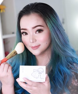Me and my fave brush from #hakuhodo S Series ♥️🇯🇵 and #rancosmeticindonesia 😊🇯🇵 Japan 🇯🇵 is really heavenly for #makeupjunkie like myselfn😉✨ ♥️ 💕 ♥️ 💕 #makeup #makeuppost #makeuptalk #makeupblogger #makeupvlogger #beautyblogger #beautyinfluencer #beautyblogger #beautyvlogger #makeupartist #makeupartists #rancosmetic #hakuhodobrushes #makeuplover #beautygram #beautyaddict #clozette #clozetteid