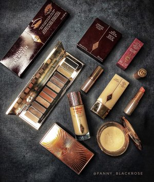 Looking at my humble #makeupcollection of #charlottetilbury 😊💕 thinking ... should I add some more ? Lots of new launch for holiday collection which for sure I cannot keep up with all of them. 😅 all so beautiful ... 💕 Share with me, what do you plan to get from holiday collection ? . . . #makeup #makeuptalk #makeupcollector #makeuplover #makeupaddict #makeupartist #makeuppost #wakeupandmakeup #luxurybeauty #beautygram #beautyaddict #beautylover #clozette #clozetteid #beautylish #blackbeauty #idontplaniplay