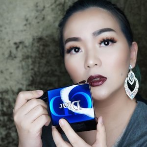 Doesn't really matter how its turn out, I am happy playing � #dior #blue #idontplaniplay #makeup #makeuppost #makeuplookbook #fall #winter #redlipstick #lipstick #makeuplover #wakeupandmakeup #clozette #clozetteid #ComfortableSilence #diorbeauty #diormakeup #luxurybeauty #makeupstory #makeuptalk #playroom #sony2470