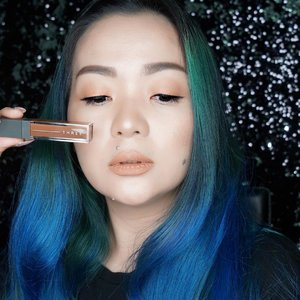 I am using 08 RUN WILD Liquid #eyeshadow from @threecosmetics that's I've got from @threecosmeticsmy ✨✨✨ #threealchemisttwist for eye #3AW18  How to use :  applying it on the eyelids, gently smooth your finger on the eye shadow to awaken the sleeping pearls in the matte texture and make them sparkle creating a dimensional-matte gaze. Swipe to see how I Lay down highly consistent color so I can use as eyeliner too.  I love that it takes care of my eyelids too, with 10 kinds of plant oils / fats / extracts ⭐️💫⭐️💫 Shiso extract, olive oil, meadowfoam oil, tea seed oil, argan oil, jojoba oil, evening primrose oil, rosehip oil, shea butter, beeswax 💫⭐️💫⭐️ #makeup #makeuppost #makeuptalk #makeupreview #makeupcollector #wakeupandmakeup #bblog #beautyblog #beauty #beautyblogger #beautylover #makeupartist #beautyinfluencer #beautyvlogger #beautygram #clozette #clozetteid #threecosmetics #threecosmeticsmy