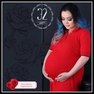 Glad I still have a chance to take #Maternity #MaternityShoot #MaternityPhotography 😁  #MaternityMakeup #pregnant #pregnancy #prego #babybump #red #32weekspregnant #makeup #TomFord #MarkandSpencer #ManicPanic #VeganHairDye #Mermaid #mermaidians #Clozette #ClozetteID