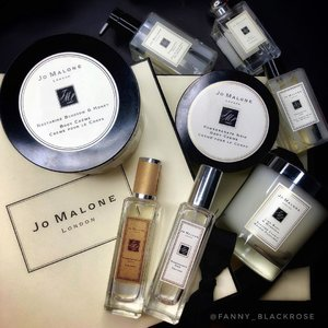 🖤 #HelloJML 🖤 Using this brand for so long and it's finally come closer to where I live. Hope to see their #holiday2018 collection very soon 😬 #jomalone #jomalonelondon #jomalonelondonid  #jomaloneindonesia  #jomalonejakarta #jomalonesg #jomalonemy #jomalonemalaysia #pomegranatenoir #lifestyle #beauty #beautygram #beautylover #beautyaddict #clozette #clozetteid #blackandwhite #fragrance #fragranceaddict