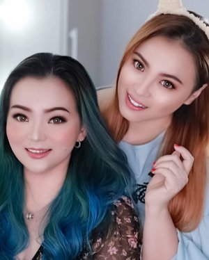 Thank you @rancosmeticstudio.id ♥️ for the pic ♥️ Well spent weekend with beautiful @natcha_makeupstudio and @ran_cosmetic_indonesia ♥️ Can't wait to next collaboration with you. • • • #rancosmetic #rancosmeticindonesia #rancosmetics #natchamakeupstudio #fannyblackrosemakeup #idontplaniplay #colourmecolourful #bluehair #greenhair #makeupartist #makeup #makeppost #makeuplover #beautygram #beautylover #ilovemakeup #clozette #clozetteid #makeuptalk #makeupcollaboration #havingfun #ladies #havingfuntogether #makeupshoot #makeupphotography