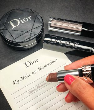 Do you wait things to happen, or do you make them happen yourself?  I believe in writing your own story with your own way 😘💋 . . . #workingmom #empoweringwomen #dior #diorbeauty #diormasterclass #makeupartist #makeupartistlife #makeupartist #makeuplife #makeupjunkie #makeuplover #makeupcollector #diorvalley #luxurybeauty #iphonexphotography #beautyblogger #clozette #clozetteid
