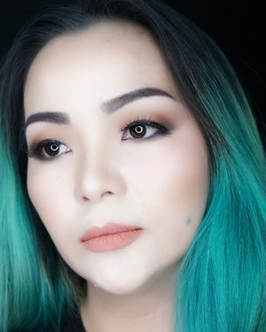 💖 Tuesday 💖✨ #makeuptutorial for #dailymakeup is on my #youtubechannel 😊✨ Link on my bio ☝️☝️☝️ #affordablemakeup used to achieve this look 😊✨ Yup I heard what you are asking for ✨💖✨ . #makeup #makeuppost #beautylover #wakeupandmakeup #beautyvlogger #beautyblogger #ilovemakeup #mainanmakeup #cathydollindonesia #cathydoll #kbeauty #makeupvideo #clozette #clozetteid #sbybeautyblogger #sbbxcathydoll #greenhair #manicpanic #veganhairdyed