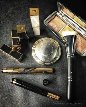Unpack and pack to the next destinations 😊♥️ #tomford #tomfordlipstick #lipsandboys #gucci #guccibeauty #becca#hourglasscosmetics #dior #diorbeauty #diormakeupbrush #yslindonesia #yslbeauty #makeupstory #luxurybeauty #wakeupandmakeup #clozette #clozetteid