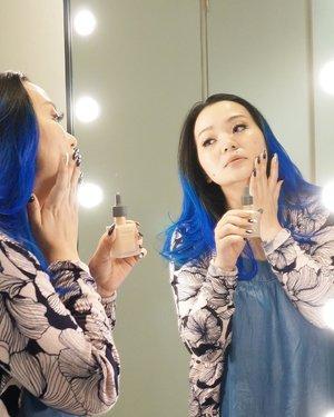 I do what I love, I love what I do 💙 #denimseries  #mystyle  #mycomfystyle . . . Featuring @threecosmetics #threecosmetics #3flawlessbase  @threecosmeticsmy . . . My most used foundation this month #nomakeupmakeup #motd . . . #makeupbase #makeuplook #makeuptalk #makeuppost #beauty #beautyblog #beautyblogger #beautylover #beautyjunkie #bblog #beautyaddict #clozette #clozetteid #beautygram #wakeupandmakeup #blue #bluehair #makeupartist #makeupartistlife