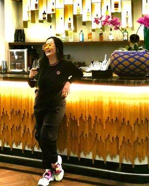 ❤️ Smile because it happened ❤️ • • • #celebratinglife 🍷  • • • #livingmybestlife #winetime #wine #skydome #blessed #thankful #grateful #clozetteid #clozette #workingmomlife #momlife #livingmybestlife #smile #happyisdecision #smilebecauseithappened #idontplaniplay #idontplanipray #letgoletGodLetsgo