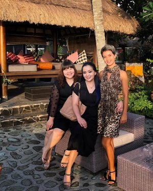 Well spent Saturday with these beautiful ladies 💖🌴✨ supporting NTB Dance Championship 2019 @purimasresortlombok 💃 🕺•••#dance #dancesport #dancesportindonesia #dancer #dancing #dancedance #purimas #purimaslombok #ladies #beautiful #judge #poolside #beachwaves #beachbabes #clozette #clozetteid #beautygram #beautyinfluencer #workingmom #honeymoonisland #honeymoondestination #lombok #lombokisland #beautifulindonesia