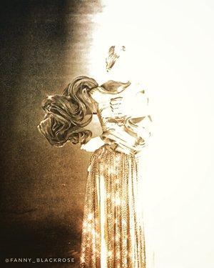 ♥�Truth never damage a cause that is just ♥� • • • Model @bellasandraaaa @bellasanshine #puterijatim2019  Wardrobe avant- grade collection from @elizabethnjomayfen • • •  #honest #sincere #love #compassion #mother #motherlove #woman #empoweringwoman #justice #secrecy #commitment #truth #mahatmagandhi #fashion #lover #believer #dreamer #beauty #beautygram #honesty #shine #spark #clozette #clozetteid