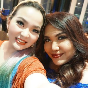 Still #tbt #throwback from amazing nite of 3rd #anniversary #ClozetteID celebration 🎉 🎉🎉 With gorgeous @makeupwithselly ❤✨ #clozette #clozetters #clozetteambassador #wakeupandmakeup #asian #asianbeauty #indonesiabeautyblogger #bblog #bblogger #beautyvlogger #beautyyoutuber #indobeautygram #party #havingfun #cartier #escada #manicpanicnyc #makeuplover #beautyjunkie #beautyaddict #beautylover