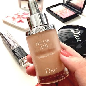 Starting my day with @dior @diormakeup 💙💙💙 Been enjoying cushion so much since I always do my #makeup #onthego  And when I come back to #nudeair i remember how I love this foundation. 💖 💕 💖 💕 💖 💕 💖 💕 💖 #makeup  #makeuproom  #makeuptalk  #makeuppost  #makeupaddict  #bblog  #bblogger  #clozette  #clozetteid  #dior  #diorbeauty  #diorindonesia  #limitededition #japan