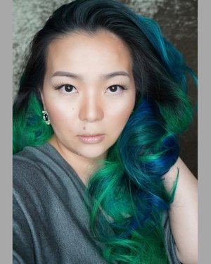 Back in my room and having some #selfie -ssss ... to upload 💚💙💚💙 with my #new #haircolor  #manicpanicnyc #blue #green #enchantedgreen #enchantedforest #greenenvy #rockabillyblue #veganhairdyed #mermaidhair #forest #cooltone #selca #clozette #clozetteid #hairpost #dyedhair #SundayFunday #weekend #weekendvibes #weekender #beautygram #beautyblogger #beautyvlogger #beautylover #asian