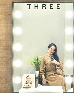 ✨ 😊 ✨ . . . @sirenclothingind . . . @threecosmeticsmy . . . #threecosmetics #threecosmeticsmy #3flawlessbase #3flawlessbabe #beautyblogger #makeupartist #host #beautyinfluencer #beautygram #makeuppost #makeupaddict #whatiwear #lookbooklookbook #lookbook #sirenclothingind #mylook #peace #clozette #clozetteid #chocholate #bblog #beautyblog #wakeupandmakeup