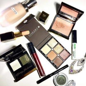 😊💚❤️🎄✨ #christmas #makeup #makeuplook #christmasmakeup is coming soon 🎄✨ #lamer #tomford #duo #viseart #armanibeauty #mac #urbandecay #clozetteid #minx #nudevanille #crystal #zodiac #giorgioarmani #maccosmetics #green #red #gold #foundation